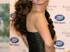 kelly-brook-vivacious-fragance-promotion-at-boots-in-london-02
