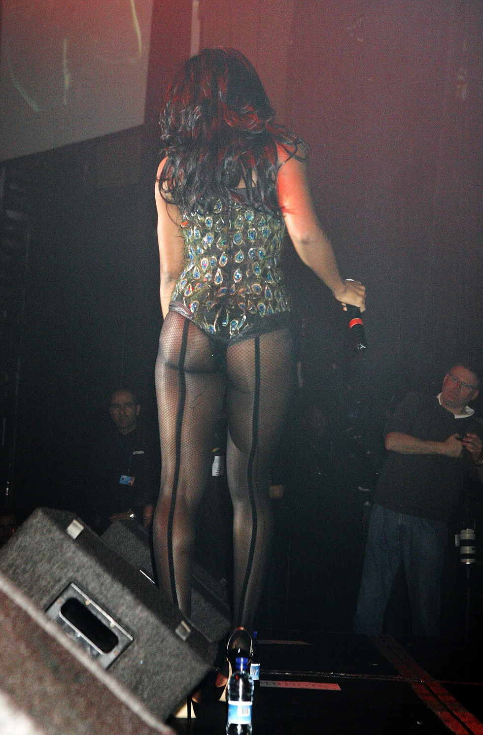 kelly-rowland-performs-on-stage-at-g-a-y-astoria-club-in-london-09