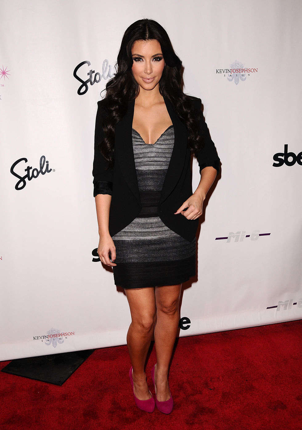 kim-kardashian--shows-cleavage-at-zeugari-fashion-show-01