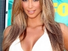kim-kardashian-2009-teen-choice-awards-03