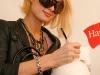 kim-kardashian-and-paris-hilton-hanes-style-villa-at-the-hotel-indigo-in-scottsdale-16