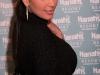 kim-kardashian-appears-at-the-pool-in-harrahs-resort-in-atlantic-city-11