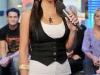 kim-kardashian-at-mtvs-trl-2-03