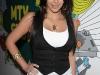 kim-kardashian-at-mtvs-trl-2-09