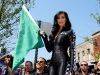 kim-kardashian-bullrun-rally-2009-green-flag-rally-start-03