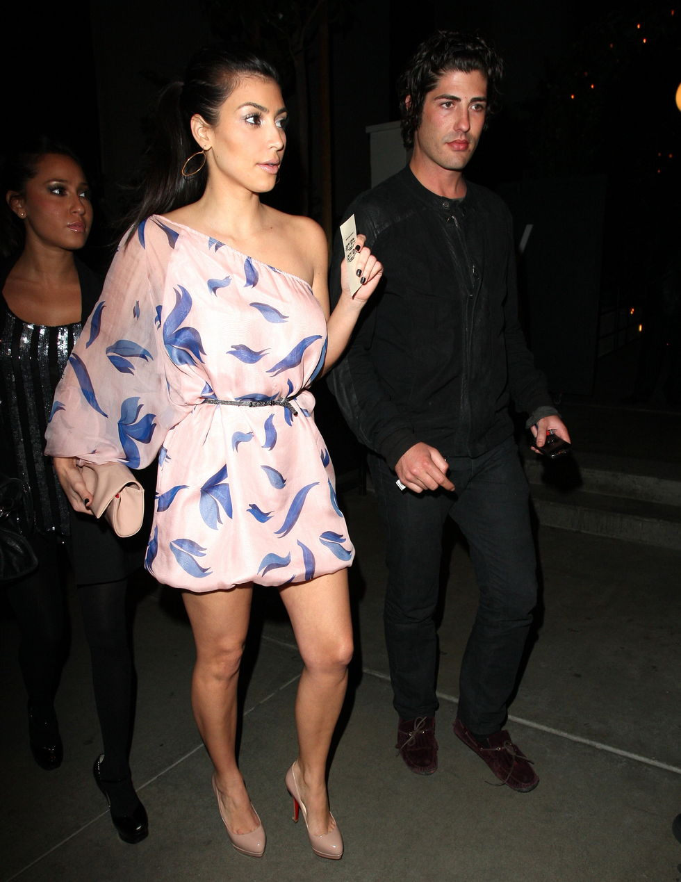kim-kardashian-candids-in-hollywood-2-01