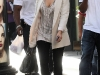 kim-kardashian-cleavage-candids-in-los-angeles-5-09