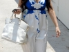 kim-kardashian-cleavage-candids-in-west-hollywood-05