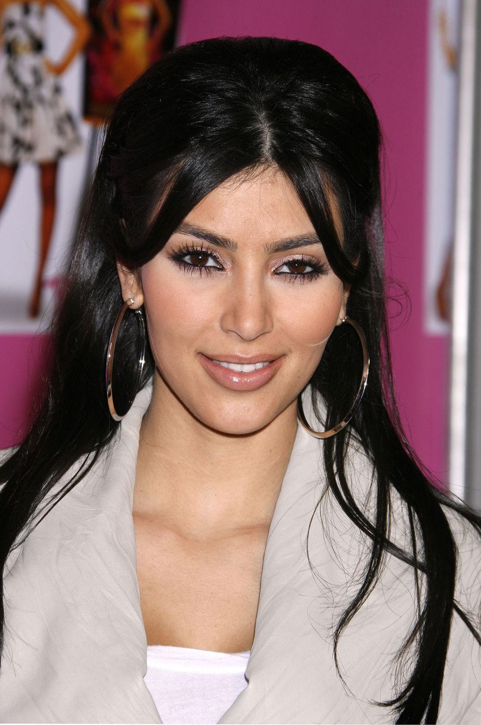 kim-kardashian-cocktail-party-in-los-angeles-01