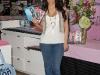 kim-kardashian-fitness-dvd-signing-at-kitson-in-los-angeles-05
