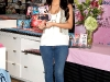 kim-kardashian-fitness-dvd-signing-at-kitson-in-los-angeles-11
