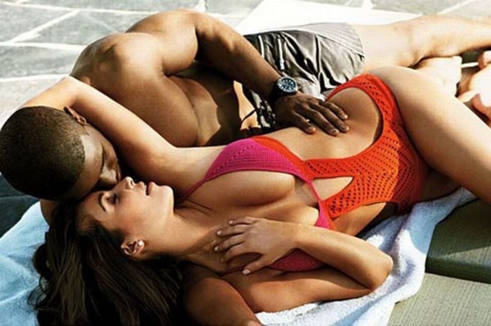 kim-kardashian-gq-magazine-april-2009-mq-01