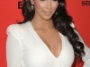 kim-kardashian-in-body-hugging-white-dress-at-hollywood-style-awards-06