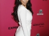 kim-kardashian-in-body-hugging-white-dress-at-hollywood-style-awards-14