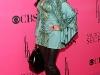 kim-and-kourtney-kardashian-2008-victorias-secret-fashion-show-03