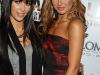 kim-and-kourtney-kardashian-a-night-for-change-in-los-angeles-11