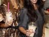 kim-and-kourtney-kardashian-at-millions-of-milkshakes-in-los-angeles-04