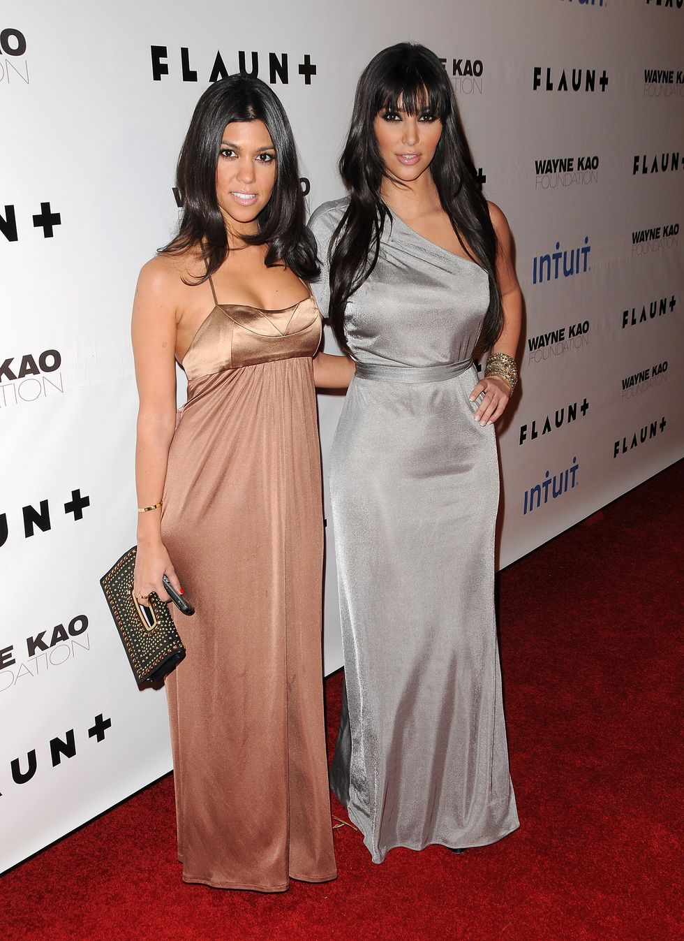 kim-and-kourtney-kardashian-flaunt-magazines-10th-anniversary-party-01