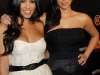 kim-and-kourtney-kardashian-tv-guides-sexiest-stars-party-in-hollywood-09