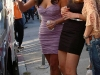 kim-kardashian-leggy-and-cleavagy-on-the-set-of-entourage-14