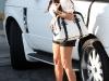 kim-kardashian-leggy-candids-at-traffic-store-in-beverly-hills-01