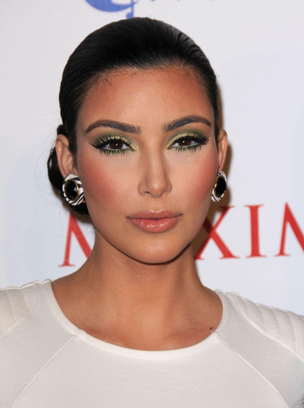kim-kardashian-maxims-10th-annual-hot-100-celebration-01