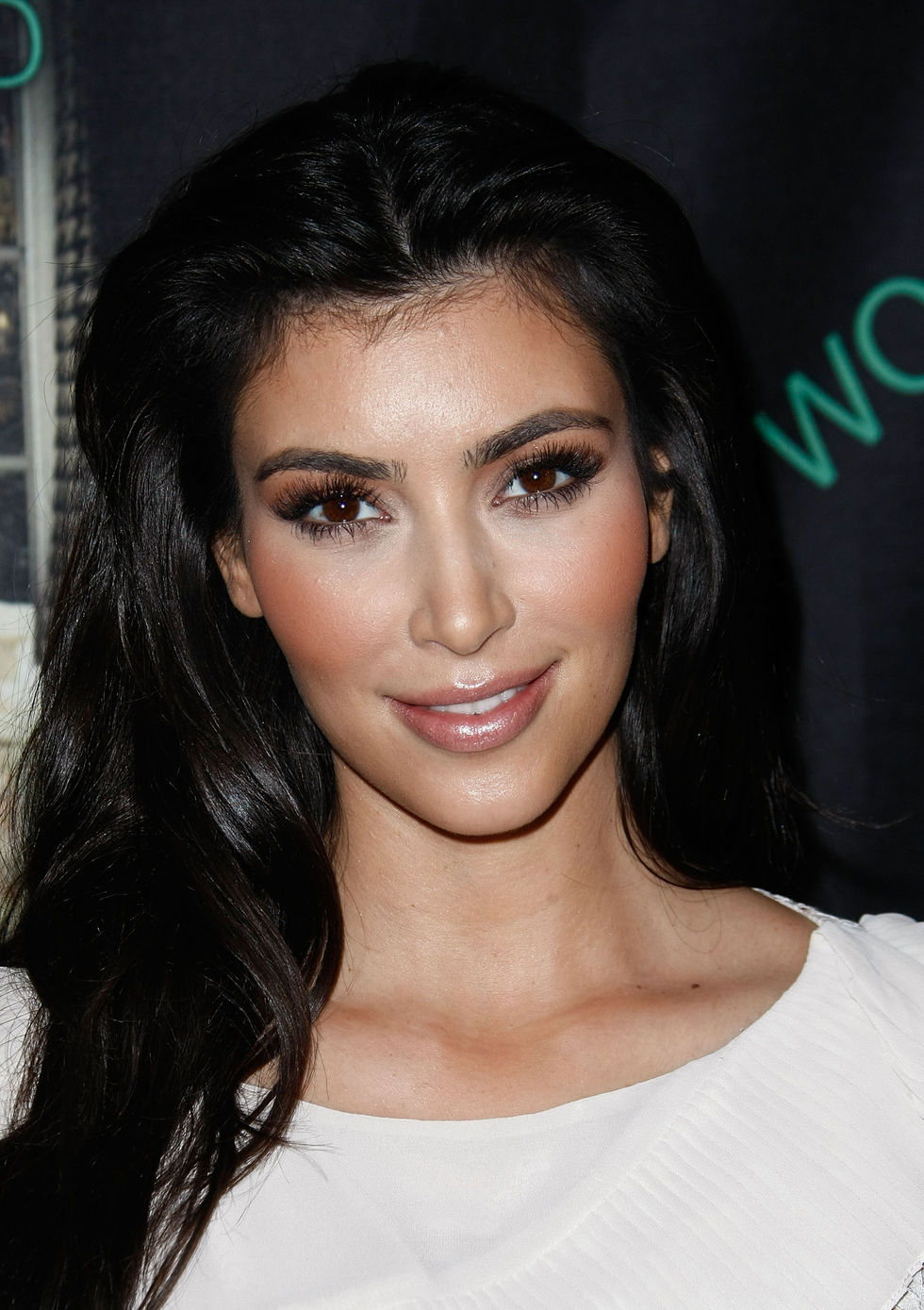 kim-kardashian-mommywood-book-release-party-01