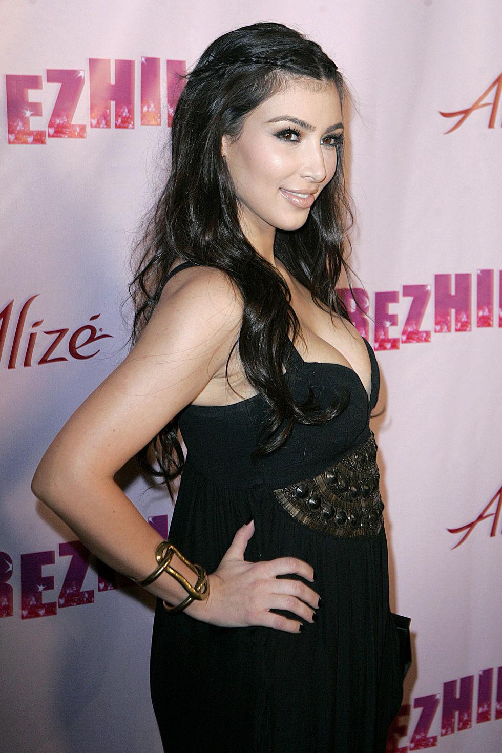 kim-kardashian-perez-hiltons-omfb-31st-birthday-party-01