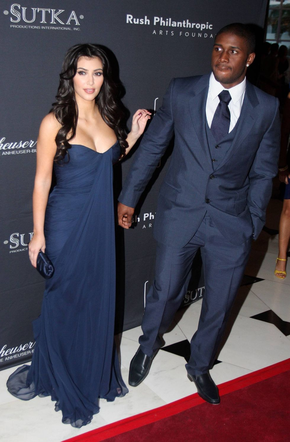 kim-kardashian-second-annual-art-for-life-gala-in-miami-01