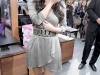kim-kardashian-shoedazzle-kiosk-opening-in-los-angeles-01