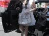 kim-kardashian-shopping-at-intermix-boutique-on-robertson-blvd-06