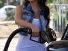 kim-kardashian-shows-ass-in-leggings-10