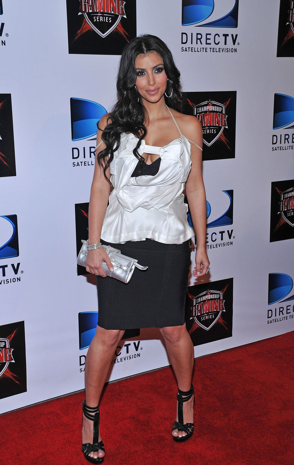 kim-kardashian-the-championship-gaming-series-kick-off-party-01