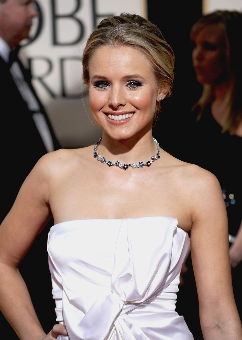 kristen-bell-67th-annual-golden-globe-awards-01