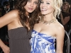 kristen-bell-and-mila-kunis-forgetting-sarah-marshall-premiere-in-hollywood-20