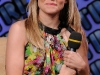 kristen-bell-and-mila-kunis-mtvs-total-request-live-show-10