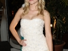 kristen-bell-la-perla-perrey-reeves-shopping-party-10
