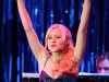 kristen-bell-performs-on-stage-at-a-night-at-sardis-03