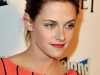 kristen-stewart-adventureland-premiere-in-los-angeles-08