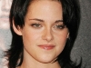 kristen-stewart-the-twilight-saga-new-moon-photocall-in-paris-05