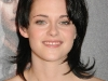 kristen-stewart-the-twilight-saga-new-moon-photocall-in-paris-09