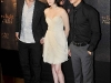 kristen-stewart-the-twilight-saga-new-moon-photocall-in-paris-16