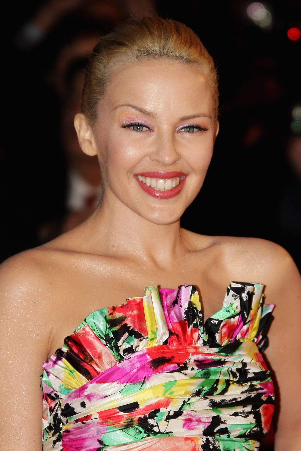 kylie-minogue-2008-nrj-music-awards-in-cannes-01