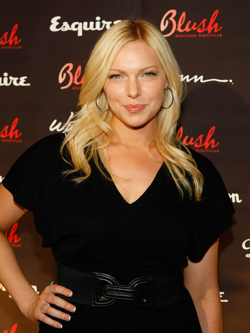laura-prepon-blush-boutique-nightclubs-one-year-anniversary-in-las-vegas-01
