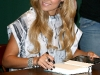 lauren-conrad-l-a-candy-book-signing-at-barnes-noble-03