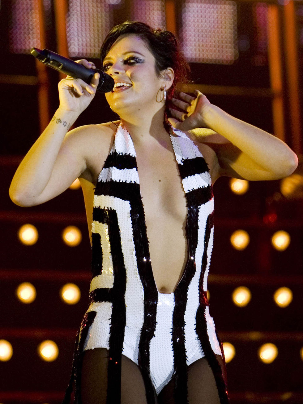 lily-allen-performs-at-the-o2-academy-brixton-in-london-01