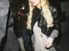 lindsay-lohan-at-dominicks-restaurant-in-hollywood-04