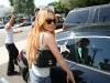 lindsay-lohan-at-fred-segal-in-los-angeles-11