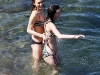 lindsay-lohan-bikini-candids-in-hawaii-09