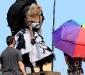 lindsay-lohan-candids-at-marilyn-monroe-tribute-photoshoot-04